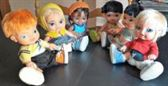 5 muñecas y un muñeco jagget