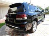 Título limpio Usado SUV Lexus LX570 (2015) En venta / Whats App: 00393511931181