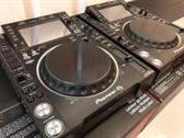 2x Pioneer CDJ-2000NXS2 + 1x mezclador DJM-900NXS2 cuesta 1899 EUR , WHATSAPP : +27837724253